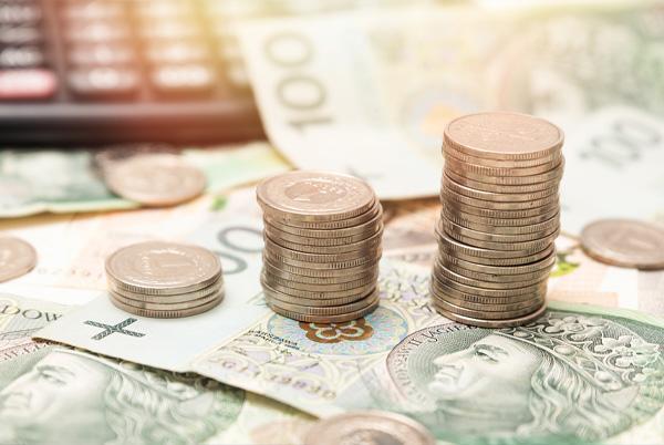 banknoty imonety